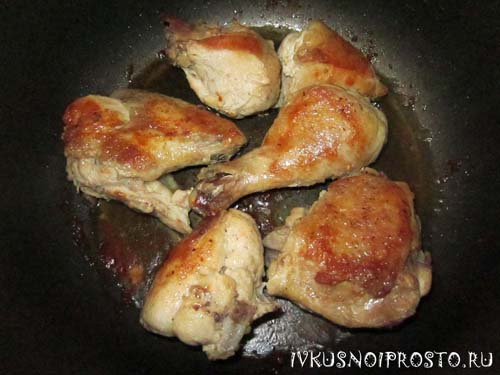 Тушеная курица в мультиварке3