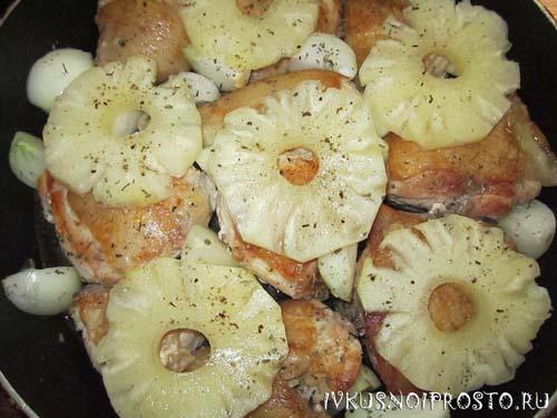 Курица с ананасами3