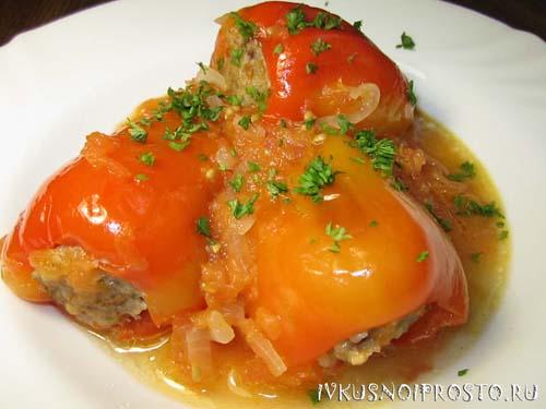 Фаршированный перец мясом и рисом