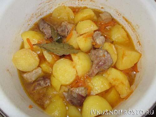 Тушеная картошка с мясом6