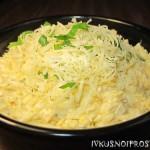 Салат с сыром и яйцом