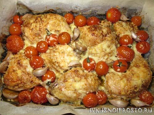 Курица с помидорами в духовке5