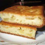 Пирог с яблоками на кефире