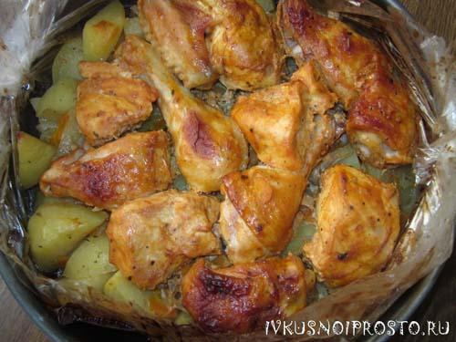 Курица с картошкой в рукаве5