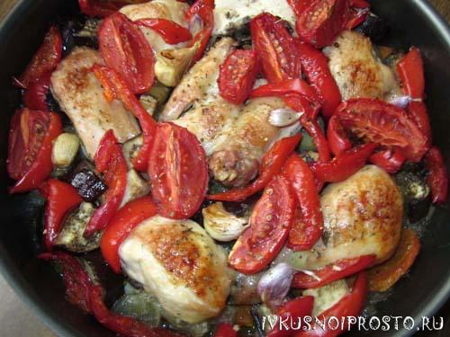 Курица с овощами в духовке4