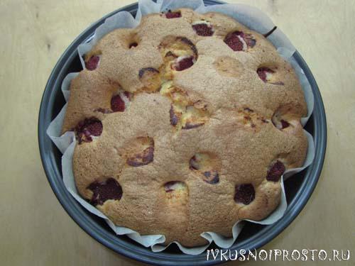 Пирог с клубникой6