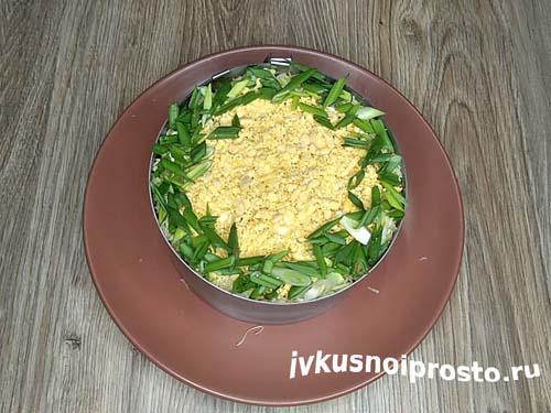 Салат с курицей и ананасами12