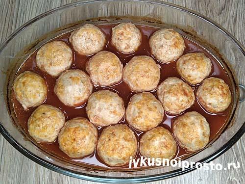 Фрикадельки в томатном соусе11